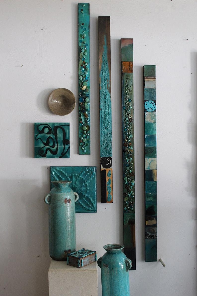 7e99154bfe Étnico tribal turquesa mar madera collage Totems orgánica Seaglass  minerales estaño metal abstracto moderno Boho contempory montaje de la  pared scupture