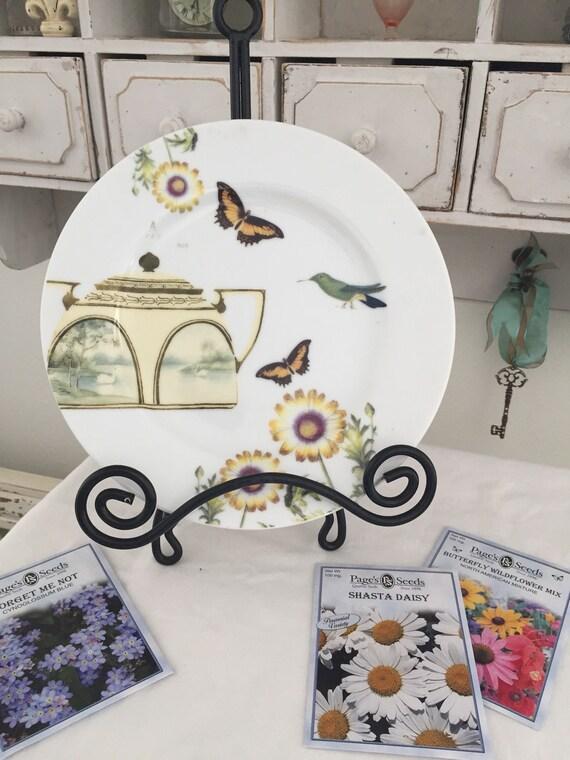 Plaque d'anthropologie, Cottage Chic, Pot de thé et papillons, plaque de désert, décoration murale