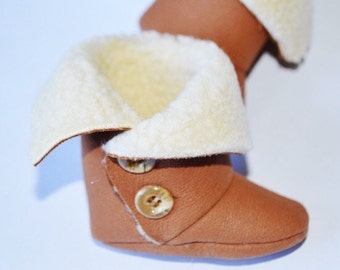 Leather-coloured ankle boot with soft synthetic fur for newborn/A