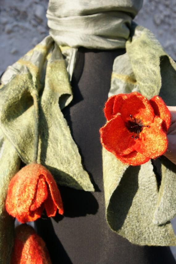 d1ffc6f31696 Châle en soie écharpe feutrée écharpe avec des tulipes   Etsy
