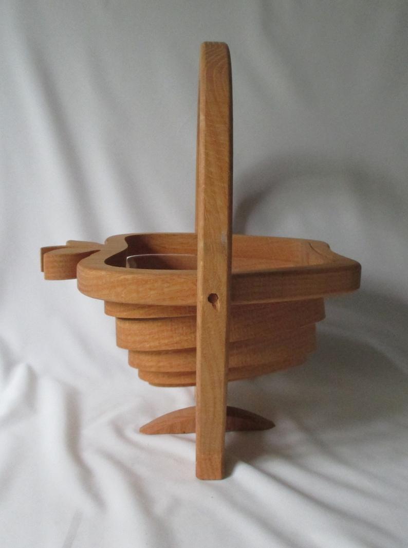 Vintage Handcrafted Collapsible Spiral Cut Wooden Fruit Bowl Or Bread Basket Trivet When Flat Artist Signed