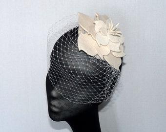 Vintage wool felt ivory bridal veil, Cream felt veiled bridal fascinator, Wedding fascinator, Flower veil, Brides birdcage veil hat