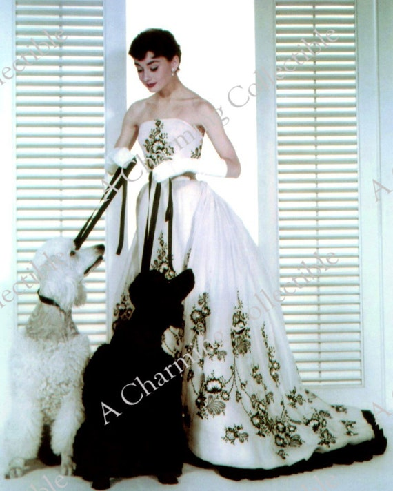 Audrey Hepburn 5x7 8x10 11x14 colore 1950s nero   bianco  c011d49e71f8