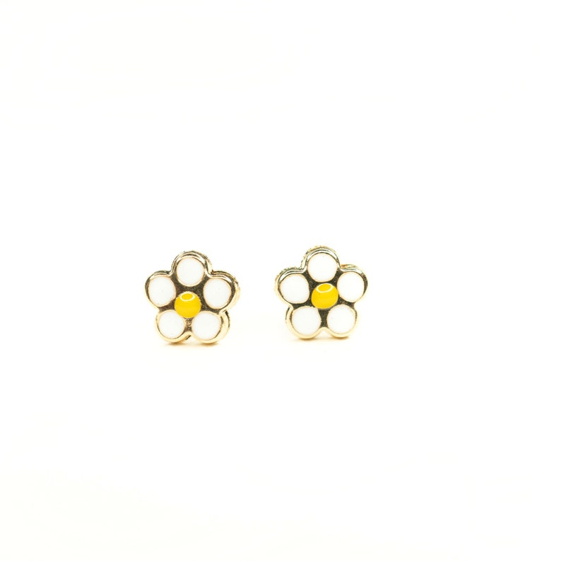 Studs Pure Gold Flower Studs Earrings 14k Gold Studs Solid 14k Gold Daisy Stud Earrings Gold Studs Gold Earrings Gold Studs