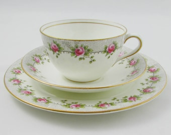 Aynsley Trio, Tea Cup, Saucer and Plate, with Small Pink Roses, Vintage Tea Cup, Tea Trio