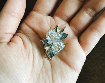 Grey Flowers/Peonies enamel pin by VGRTN