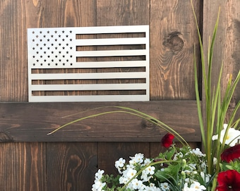 Rustic Metal MINI American Flag | Farmhouse decor | Fixer Upper style | USA Flag | Flag Decor | Patriotic Signs | Small Flags