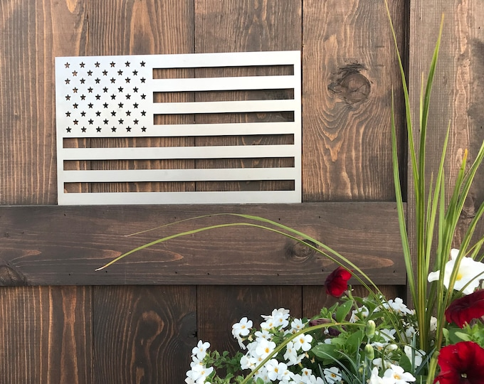 Rustic Metal American Flag MEDIUM, Rustic Flag Sign, Flag Decor, Farmhouse decor, Fixer Upper style, Porch Flag, Home Wall decor, Metal Flag