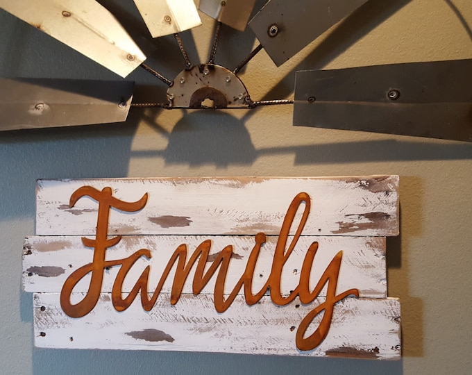 Family, Word Signs, Metal Word Signs, Farmhouse Decor, Rustic Signs, Fixer Upper Style, Rustic Decor, Shabby Chic Entry Way Sign, Country