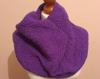 Moss Cowl in Purple Berry Artesano Yarn