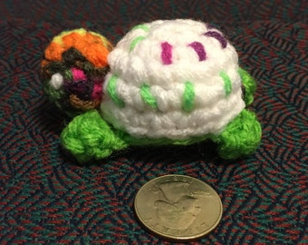 Mini turtle crochet toy, amigurumi mini turtle, mini crochet turtle, mini crocheted toy turtle, crocheted mini turtle, mini turtle toy