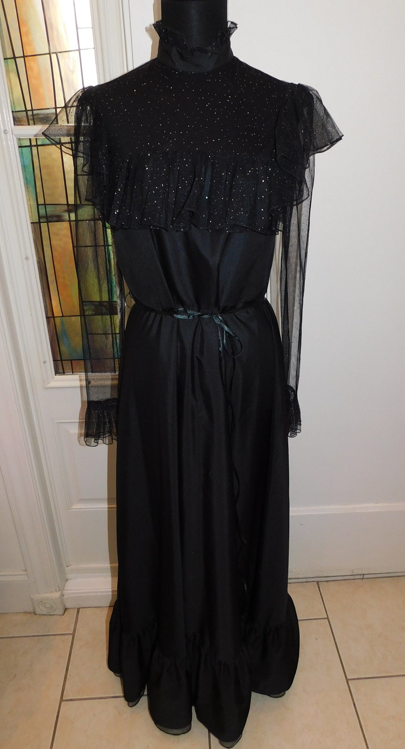 Tea Dress 70s Victorian style dress Victorian High Neck Lace Party Dress 36 Chest Black Victorian Style Dress