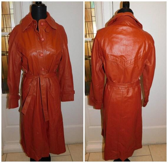 Vintage 70s Leather coat, long leather 70s Coat, R