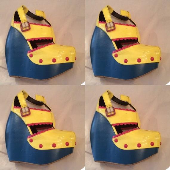 Vintage en cuir verni Art chaussures à talon talon talon compensé taille 38 «Yellow Submarine Blue Meanie» Style plate-forme chaussures LCF maîtres compétition finaliste | Spécial Acheter  8243e1