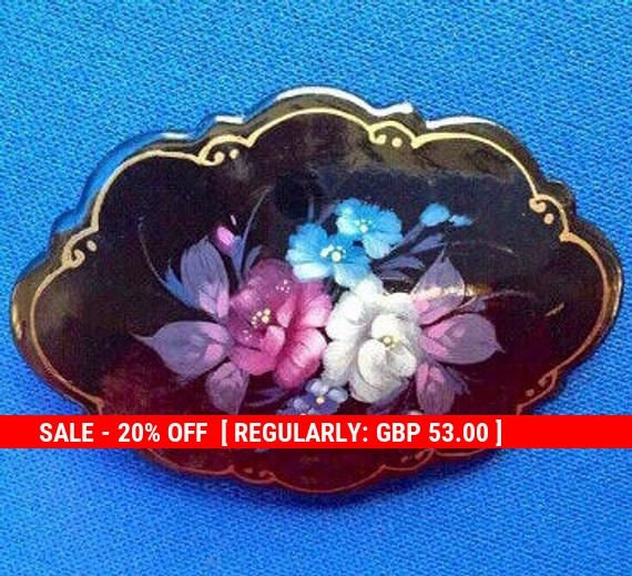 Hand-painted Russian Lacquer Brooch