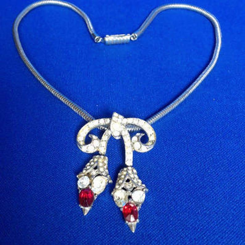 Art Nouveau Diamante Necklace