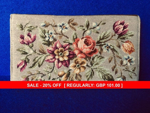Vintage 1930s Needlepoint Clutch Bag with Silk Moi