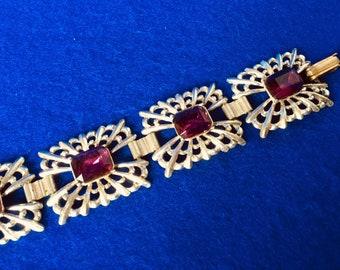 Stylish 1940s Art Deco Silvertone Six Link Bracelet with Amethyst Glass Cabochons