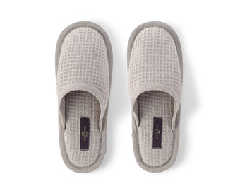 Organic Waffle Weave Bath Spa Unisex Slippers in Natural