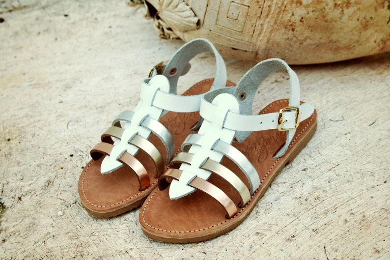 54a00c963da Gladiator metallic color leather sandals-Mother or girls