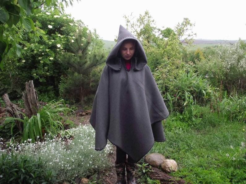 Caldo mantello medievale poncho elfico mantello cappotto  e3471fefe4e