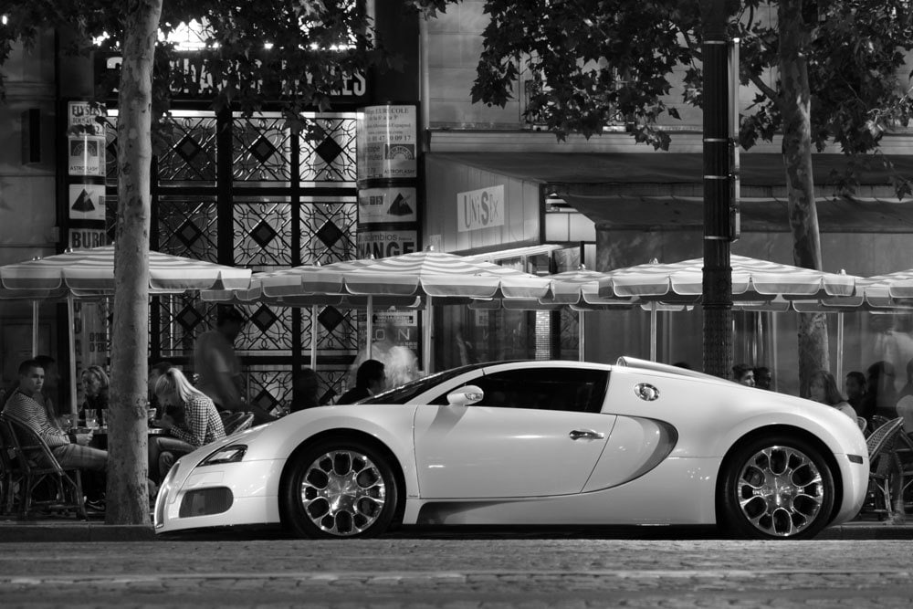 Poster of Bugatti Veyron Grand Sport Left Side Black and ...