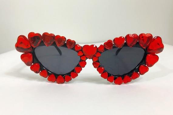 2dc5614346a205 Strass coeur rouge de pierreries embelli Retro Cat Eye   Etsy