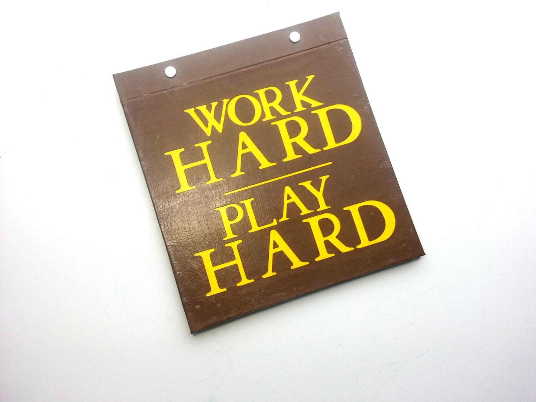 Course Bib porte - travail dur Play Hard - Inspiration relié Running - livre relié Inspiration à la main pour découvrir les bavoirs - marron et jaune 67e956