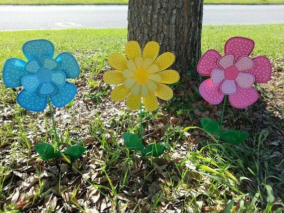 Metal Flower Garden Stake Outdoor Metal Flowers Garden Art Etsy