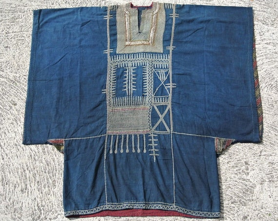 Yemen Vintage Indigo Dyed Wedding Dress Embellished with Cotton and Metal Threads / 105''x 105''