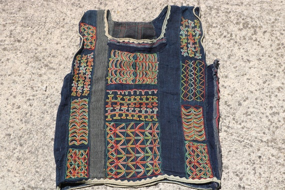 Rare Authentic African Vintage Wodaabe Embroidery, Fulani Indigo Child's Top / 13,4'' x 16,5''