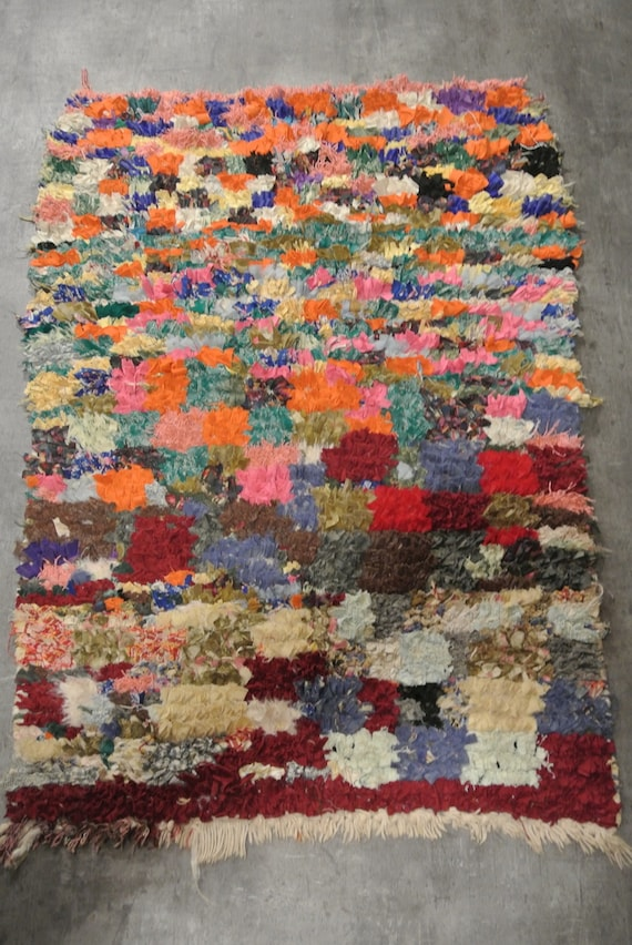 Stunning Traditional Vintage Berber Rug from Morocco Handmade in Orange, Bright Red and Blue / 37,8''x 43,3''
