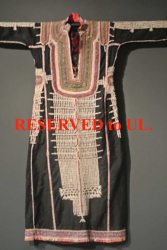 RESERVED to UL. / Beautiful Little Size Vintage Yemeni Woman Wedding Tribal Dress / 43,3''x 51,57''