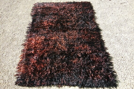 Old Tribal Oriental Tulu Rug, Warm Flame and Black Mohair Filikli, Vintage Turkish Angora Goat Wool Rug / 63 x 89,4 inches