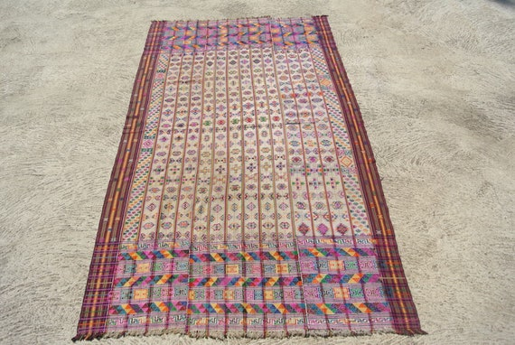White Bhutan Handmade Kira Textile Kushutara Highly Skilled Weave with Intricate Colourful Designs - 51,9''x 95,6''