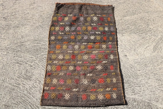 Vintage Kilim Grain Sack, Hand Woven Turkish Wool Bag, Kilim Storage Rug Sack / 27,55''x 48''