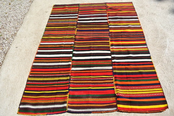 Vintage Striped Hand Woven Jajim Rug, Traditional Handwoven Kilim Rug, Tribal Rug Blanket / 61,4''x 93,7''