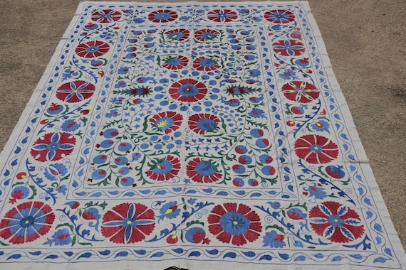 Vintage Cornflower and Cerulean Blue Silk Embroidery Uzbek Suzani / 75,64 x 96,46''