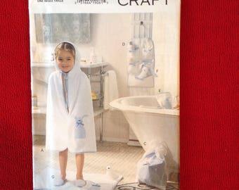 Vogue 8960 Craft Pattern / Children's Bath Accessories / One Size