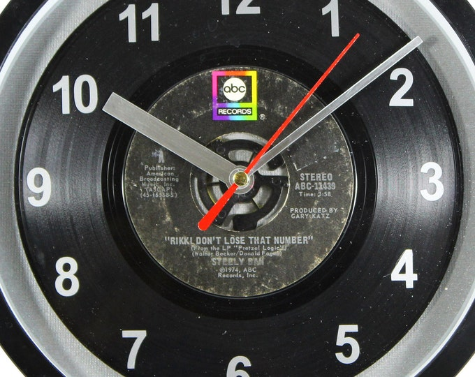 """Steely Dan """"Rikki Don't Lose That Number"""" Record Clock 7"""" 45rpm Recycled Vinyl Record Wall Clock One Of A Kind"""