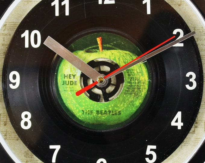 """The Beatles """"Hey Jude"""" 45rpm Recycled Vinyl Record Wall Clock Apple Records One Of A Kind 7"""" Single"""