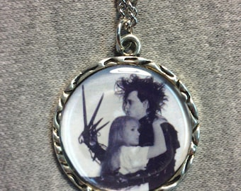 Edward Scissorhands and Kim Hug Charm Pendant Necklace