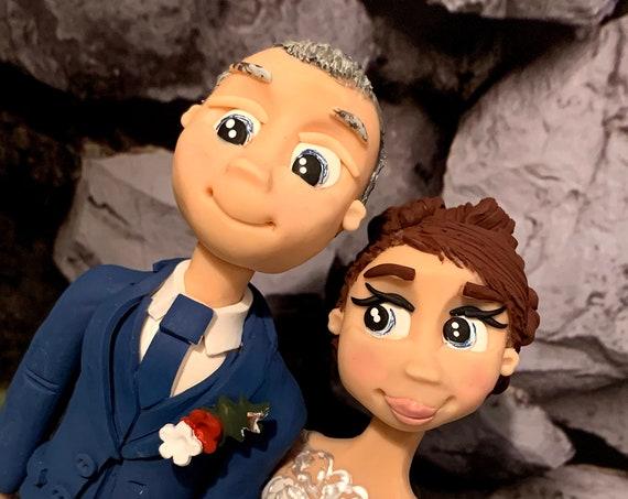 Personalised Wedding Cake Topper - figurines bride and groom/Same Sex Couple Scottish Formal Wear - Kilted Groom
