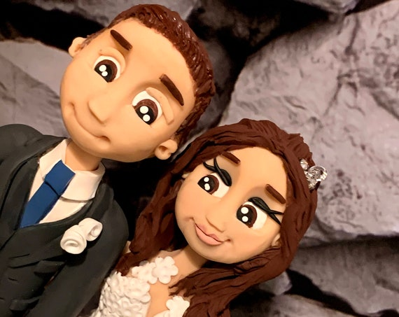 Personalised Wedding Cake Topper - figurines bride and groom/Same Sex Couple Cheeky Bum in kilt