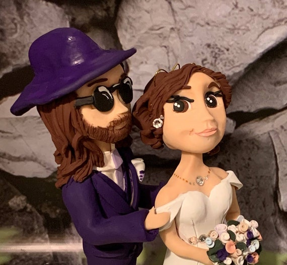 Personalised Wedding Cake Topper - figurines bride and groom/Same Sex Couple - funky/music/musician