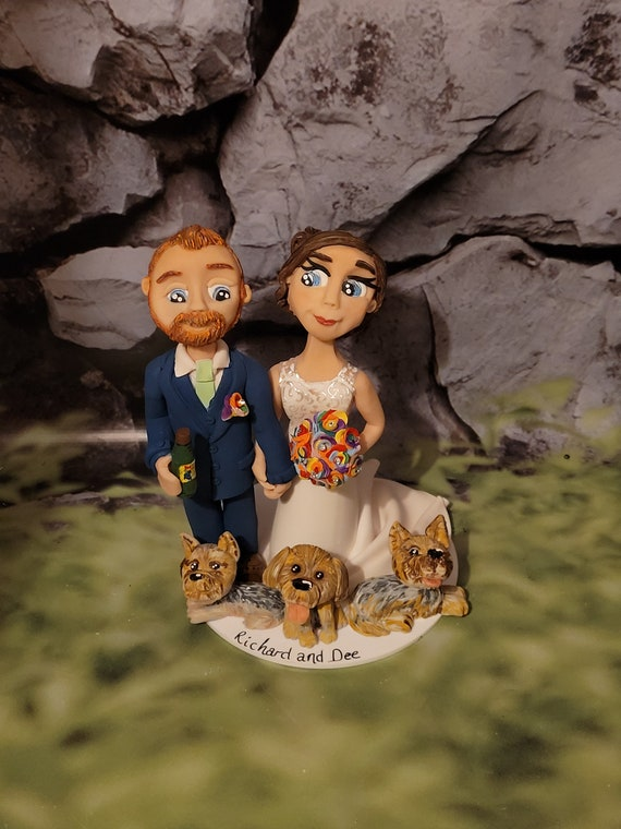 Personalised Wedding Cake Topper - figurines bride and groom/Same Sex Couple with pets/Dogs/Cats