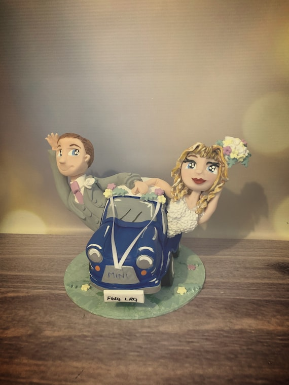 Personalised Wedding Cake Topper - couple in car