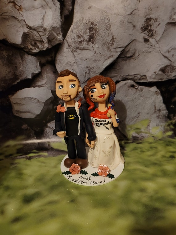 Personalised Wedding Cake Topper - figurines bride and groom/Same Sex Couple - Suicide Squad/ Cosplay/Comic con Wedding
