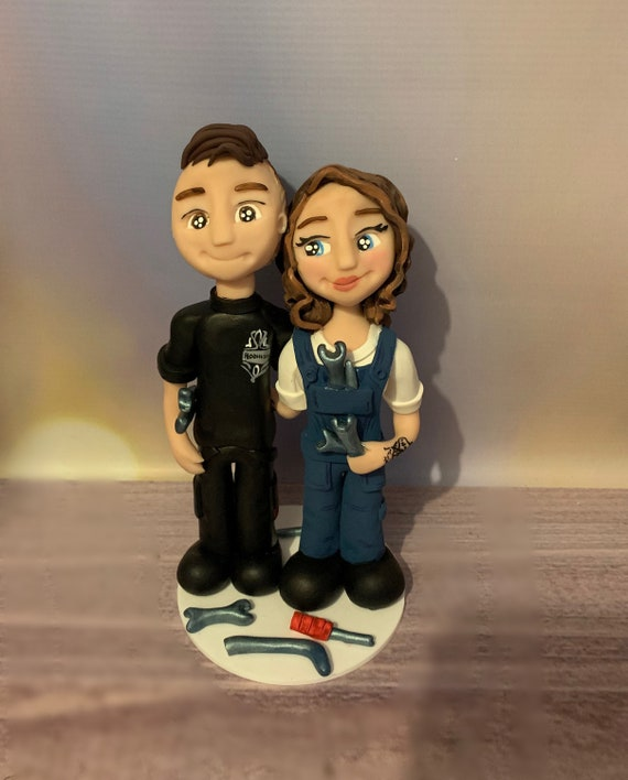 Personalised mechanic Wedding Cake Topper - figurines bride and groom/Same Sex Couple Wedding couple - couple in overalls