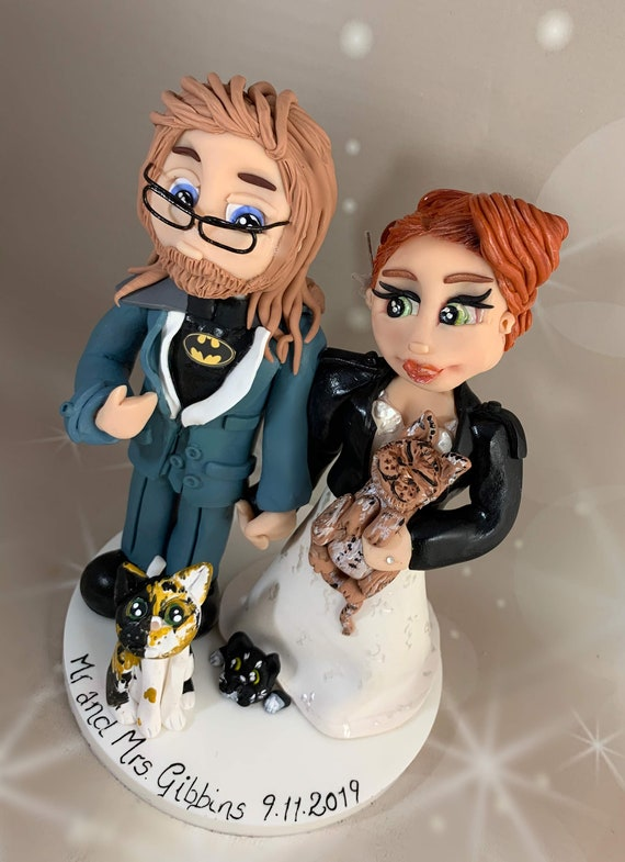 Personalised Wedding Cake Topper - figurines bride and groom/Same Sex Couple - Unconventional wedding, Rock and Roll Bride